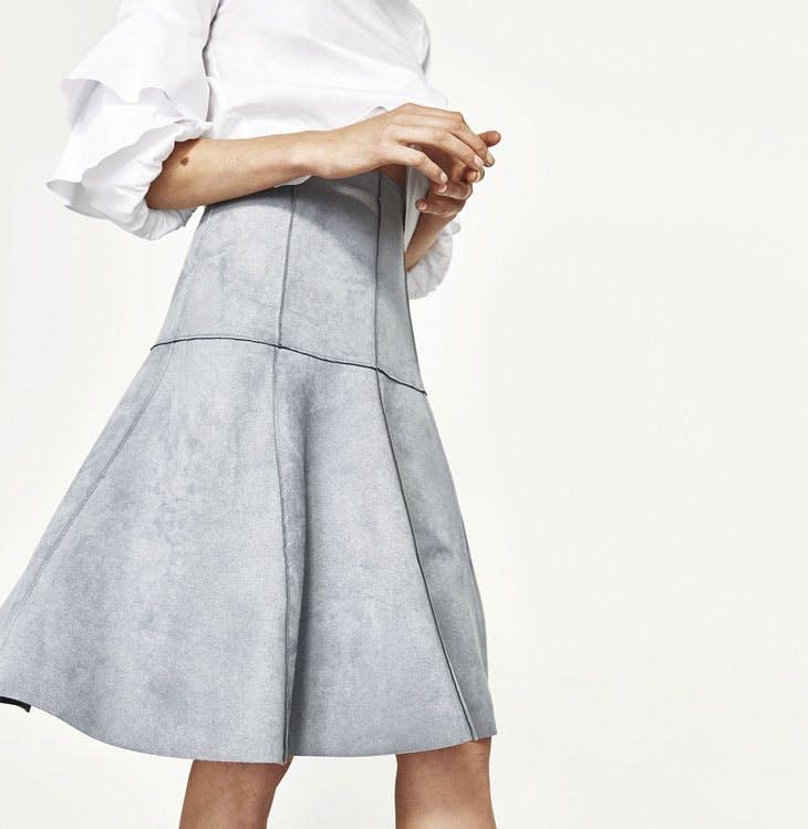 8553bb217dc Descubre las faldas Zara que te enamorarán
